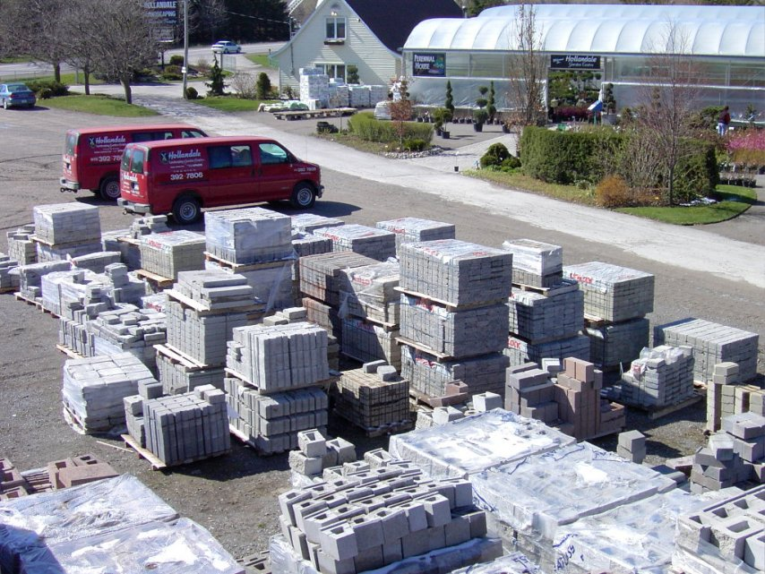 Largest Selection of Landscaping Stone in Trenton, Ontario at Hollandale Landscaping and Garden Centre Ltd.